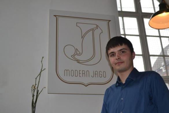 Nicola Modern Jago